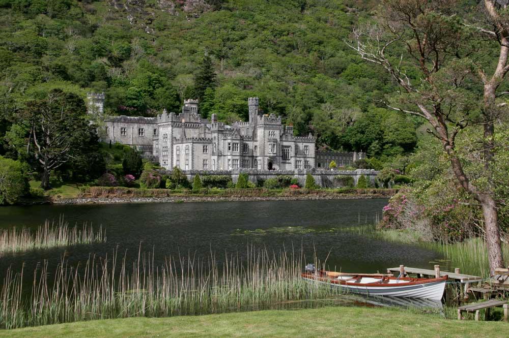 1-Irland_Kylemore-Abbey