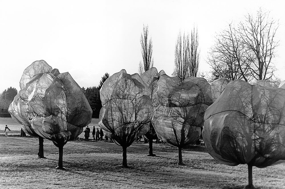 5-Wrapped-Trees_Riehen-Basel_Christo-und-Jeanne-Claude
